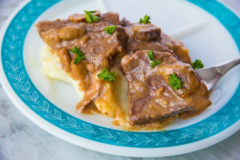 This Instant Pot Cube Steak and gravy is made SO fast thanks to pressure cooking it in your Instant Pot!